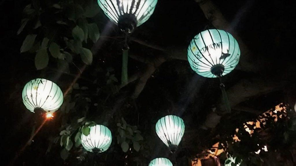 ホイアン ランタン 夜