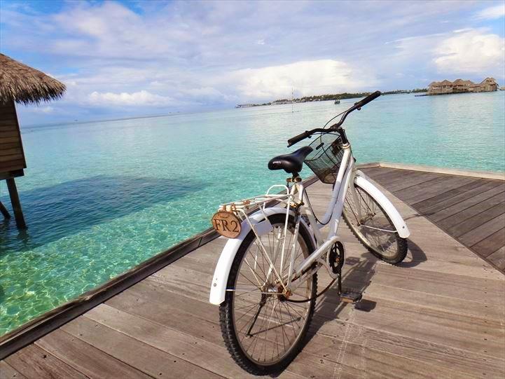 ギリ・ランカンフシ 自転車