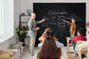 teacher talking to the class